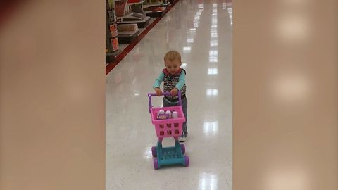 Toddler's Hilarious Fail While Shopping