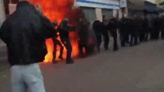 Police Firebombed as Labor Law Protests Turn Violent in Paris - Video