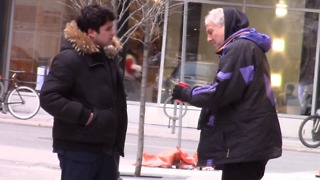 This Rich Vs. Homeless Man Social Experiment Has Left Us In Awe - Video
