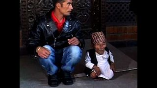 World's Shortest Man - Video