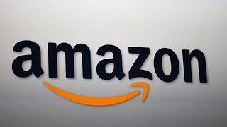 Amazon warns customers of email scam - Video