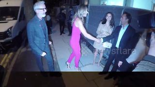 Elizabeth Hurley arrives at the Holiday House launch in London - Video