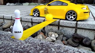 Remote control car shows off its 'wheely' impressive bowling and drifting skills - Video