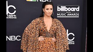 Demi Lovato has celebrated her 6 month anniversary with Max Ehrich