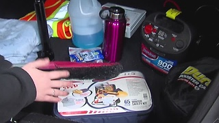 10 items to carry in your car this winter - Video