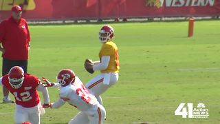 Patrick Mahomes moves up Chiefs depth chart - Video