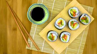 Sushi Rolls with Avocado & Quick-Pickled Veggies - Video
