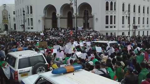 Protesters in Algiers Rally Against President Bouteflika