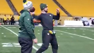 Aaron Rodgers Throws 50+ Yard BOMBS After Collarbone Surgery - Video