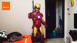 Man Crafts His Own Iron Man Costume - Video