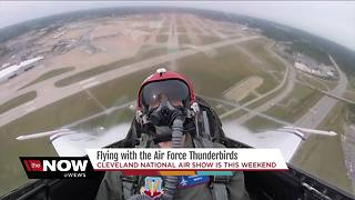 Flying with the Air Force Thunderbirds - Video