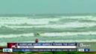 Hurricane Harvey barrels toward Texas coast - Video