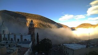 Timelapse Shows Fog Engulf Central Mexican Town - Video
