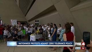Texas residents protest against the Trump's administrations Zero Tolerance Policy - Video