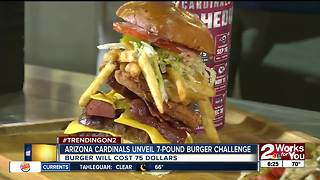 Arizona Cardinals unveil 7 lb. burger - Video