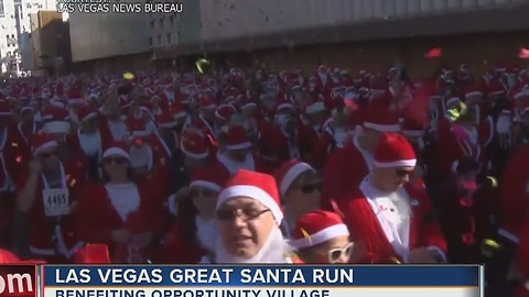 Thousands hit the streets for the Great Santa Run