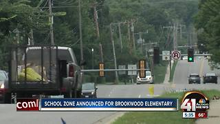 Overland Park puts in school speed limit zone near Brookwood Elementary - Video