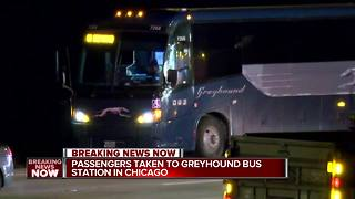 Possibly armed man on Greyhound bus arrested near Wisconsin-Illinois border - Video