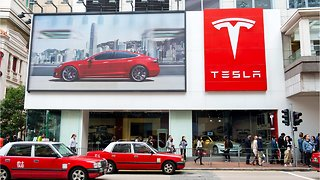 Tesla's Supporters On Wall Street Are Nervous