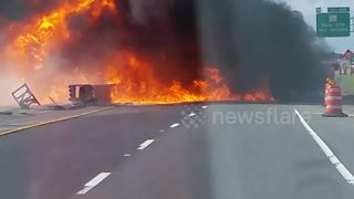 Truck explodes in horrific crash in Florida - Video