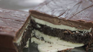 Giant Oreo Candy Bar - Video