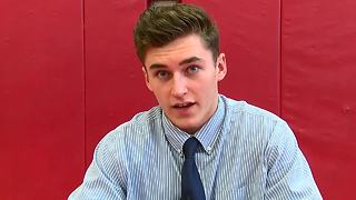 Tom Bednarik signs scholarship - Video