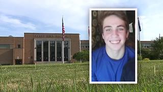 Stark County teen collapses, died working outside