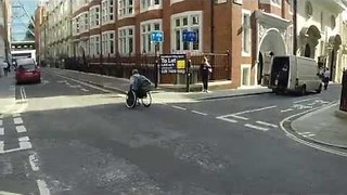 Man Races the Tube in a Wheelchair to Raise Awareness - Video