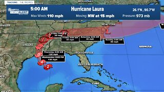 Hundreds of thousands flee US coast ahead of Hurricane Laura