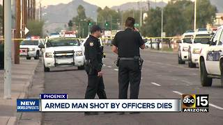 Armed suspect dies after being shot by Phoenix police - Video
