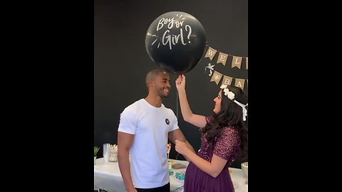 Heartwarming gender reveal delights expecting parents