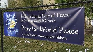 Students celebration International Day of Peace at St. Susanna School in Plainfield, ind. - Video
