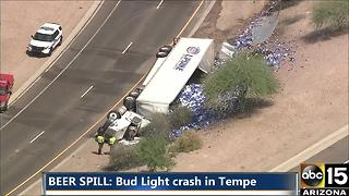 Beer truck crash in Tempe - Video