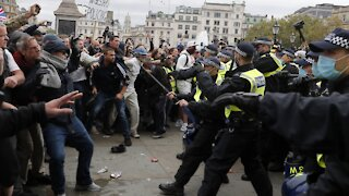 Police Move In As Thousands Protest COVID-19 Restrictions in London