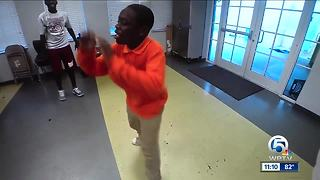 Young breakdancers after bragging rights - Video