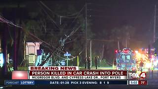 Person killed in car crash into pole - Video