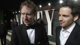 Oscar winners celebrate at the Vanity Fair party - Video