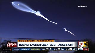 SpaceX rocket launch creates strange light over California - Video