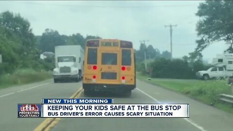 Caught on Camera: School bus stops with no blinking lights, stop sign