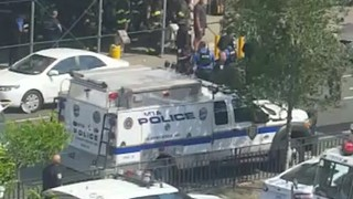 Emergency Service Rush To Bronx Hospital Shooting - Video