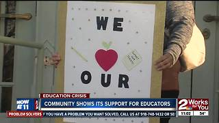 Rallies to support Tulsa teachers - Video
