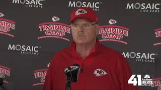 Andy Reid says DJ testing himself after injury - Video