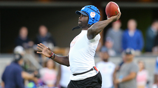 Michael Vick Shows He's STILL Got It in Flag Football Game - Video