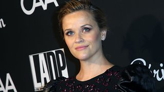 Elizabeth Arden & Reese Witherspoon Launch Lipstick To Aid UN
