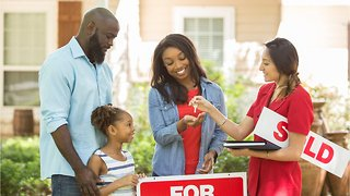 What Millennials Need to Know Before Buying Their First House