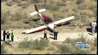 Experimental plane pilot unhurt after Arizona crash landing - Video