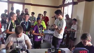 Australian ties Rubik's Cube World Record in 4.59 seconds - Video