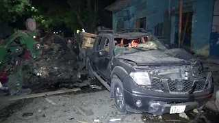 Deadly Car Bomb Leaves Mangled Vehicles, Buildings Outside Mogadishu Hotel - Video
