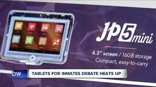 Tablet debate heats up - Video