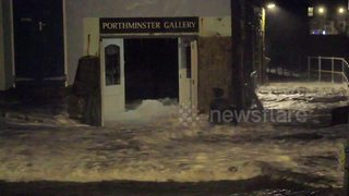 Giant Storm Eleanor waves wreck Cornish art gallery - Video